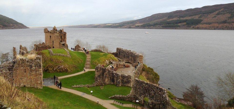 Uquhart-Castle